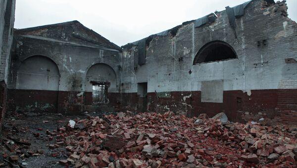 Разрушенные исторические постройки Варшавского вокзала