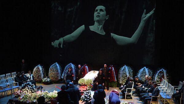 Прощание с оперной певицей Галиной Вишневской