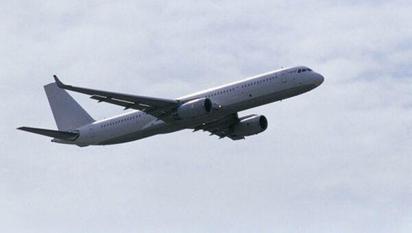 Самолет Ту-204. Архив