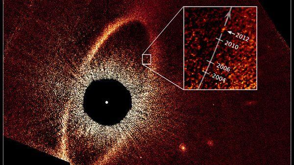 Система Фомальгаута и перемещение планеты Фомальгаут b