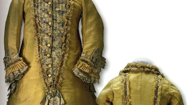 Платье для девочки (Россия, 1867 год)