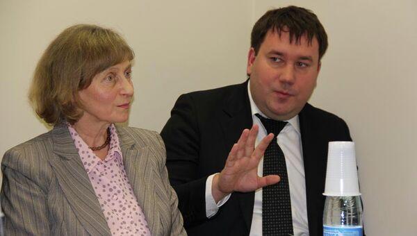 Глава администрации города Кострома Виктор Емец сообщает о невозможности остановить строительство