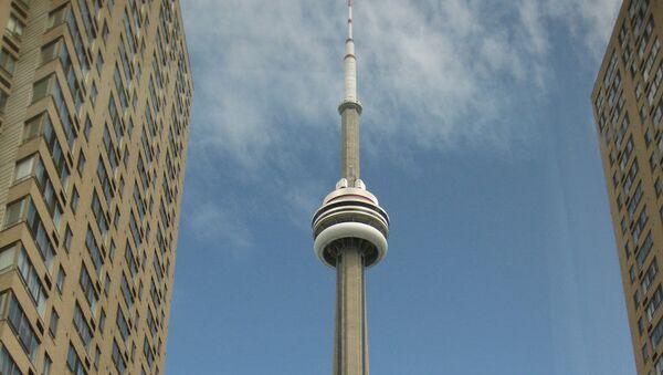 Телебашня CN Tower в канадском Торонто. Архивное фото