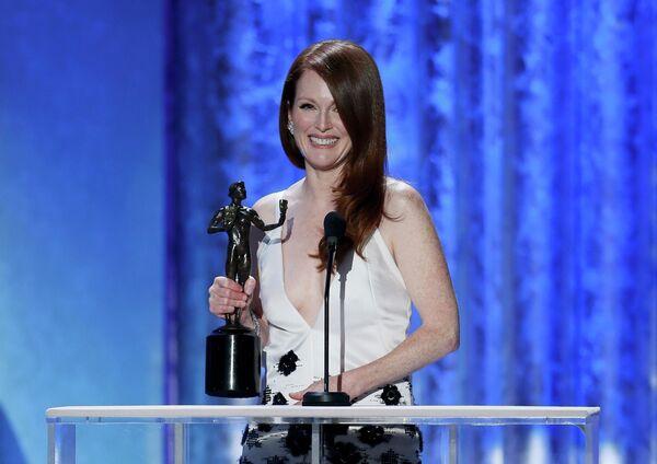 Актриса Джулианна Мур на 19-ой церемонии вручения премии Гильдии киноактеров США