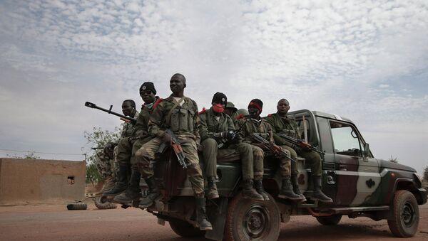 Солдаты правительственных войск Мали. Архивное фото