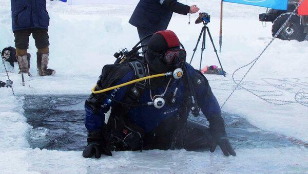 Исследователи РГО совершили погружение в озеро на полюсе холода