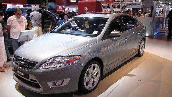 Автомобиль Ford Mondeo. Архивное фото