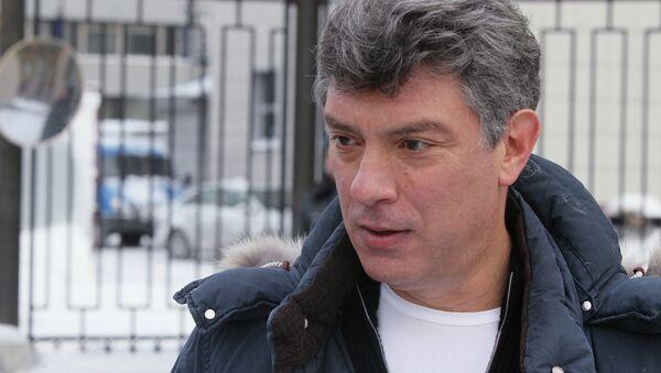 Борис Немцов вызван на допрос в Следственный комитет