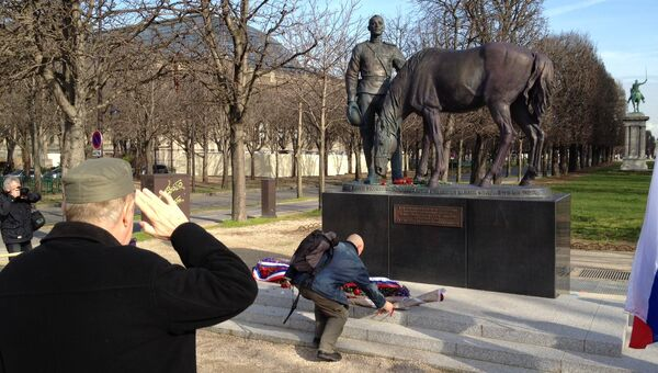 Памятник воинам Русского экспедиционного корпуса в Париже