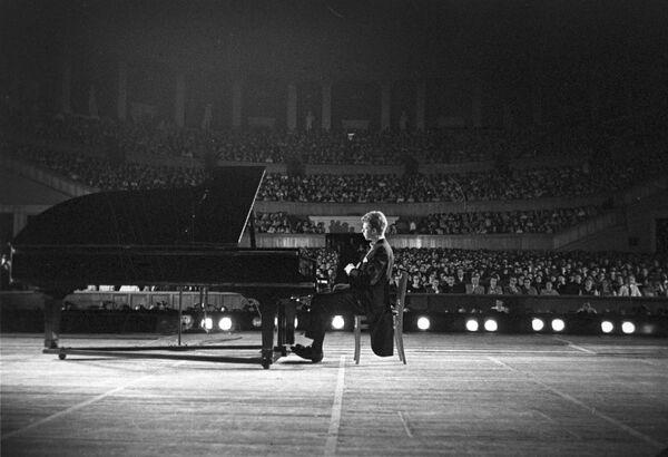 Американский пианист Ван Клиберн на гастролях в СССР