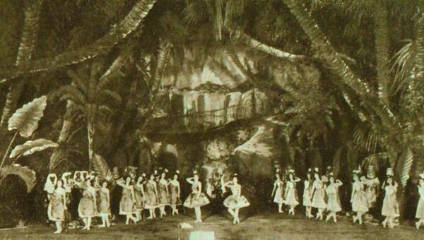 Сцена из балета Дочь фараона в Мариинском театре