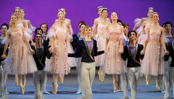Студенты Московской государственной академии хореографии