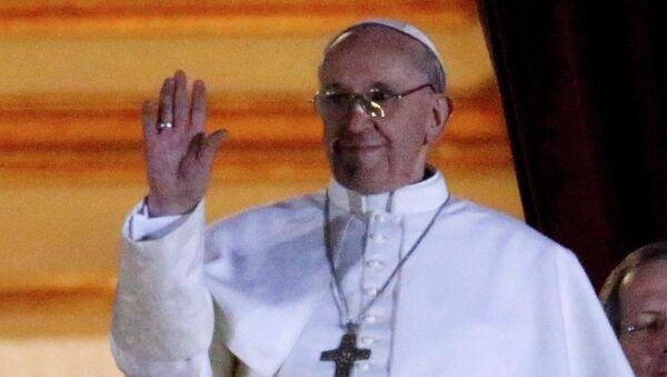 Хорхе Марио Бергольо избран 266-м Папой Римским