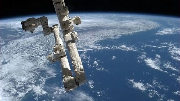 Снимок НЛО с борта МКС