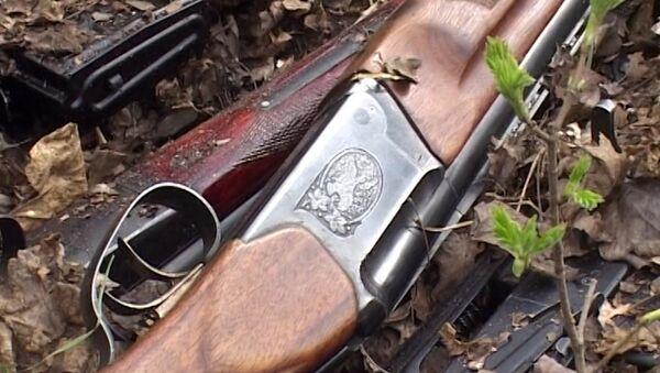 Ружья и карабины: полицейские нашли в лесу схрон белгородского стрелка