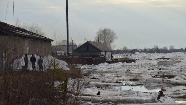 Около 300 домов подтоплены в поселке Ярцево Красноярского края
