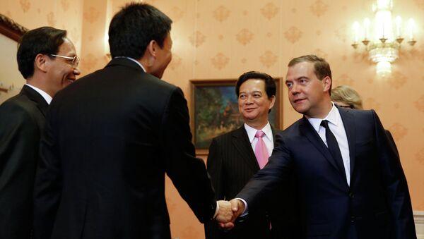 Переговоры Дмитрия Медведева и Нгуен Тан Зунга