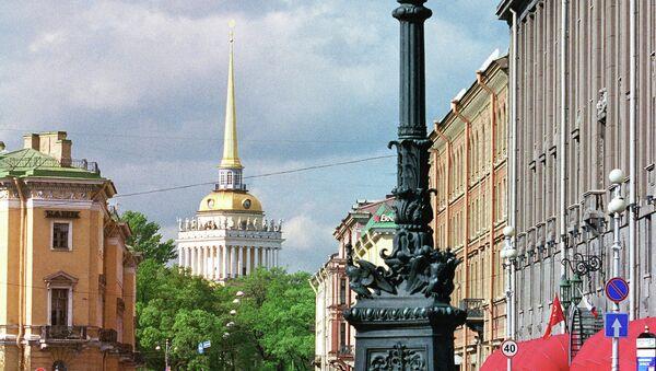Санкт-Петербург. Вид на Адмиралтейство. Архивное фото