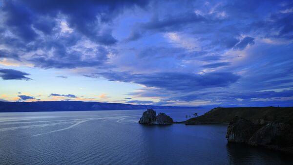 Остров Ольхон на озере Байкал. Архивное фото