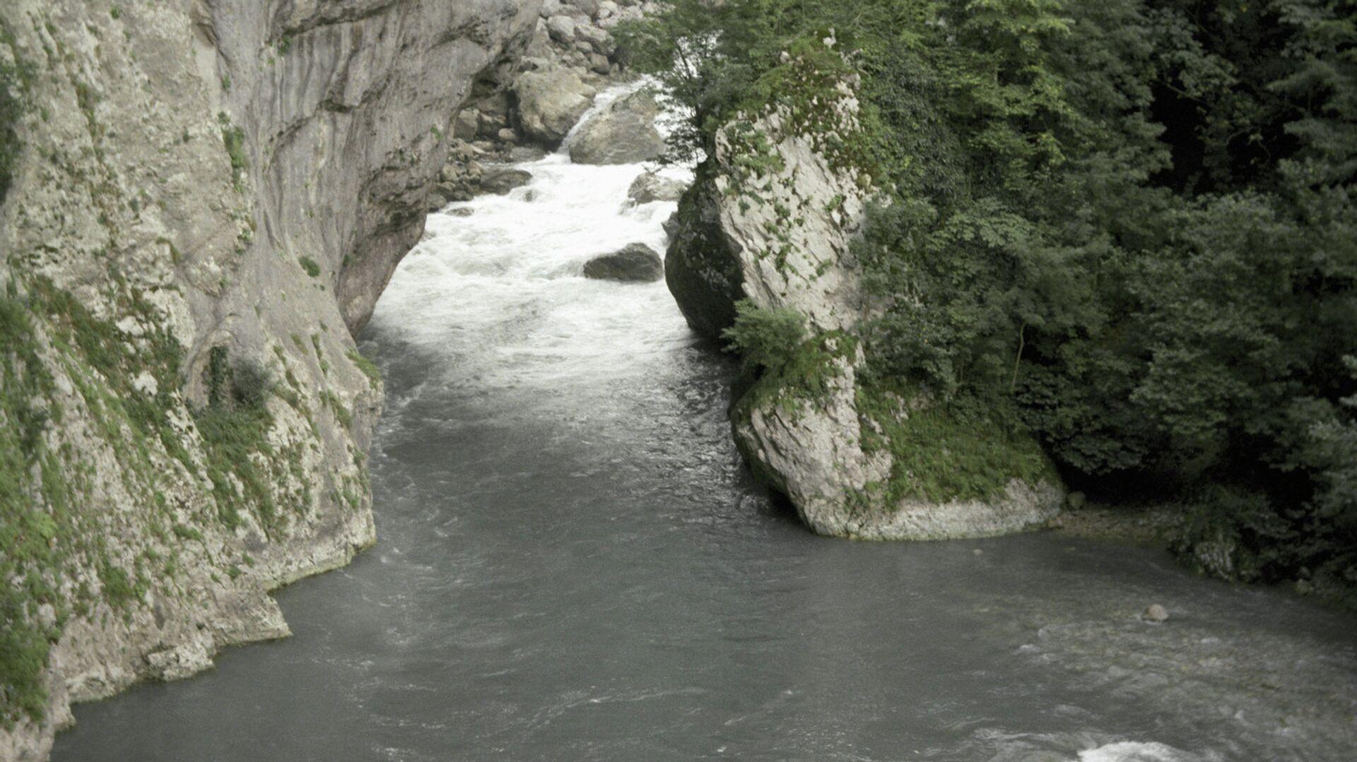В Сочи нашли тело пропавшего на реке мужчины