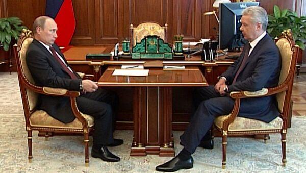 Путин принял отставку Собянина и пожелал ему успехов на выборах мэра