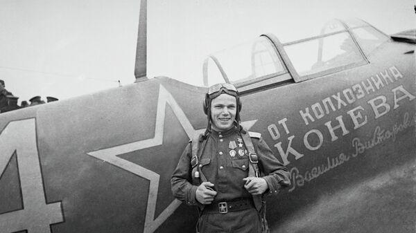 Летчик Иван Кожедуб в районе румынского города Яссы