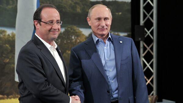 Владимир Путин и Франсуа Олланд. Архивное фото