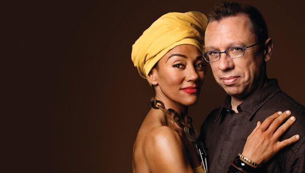 Португальская джазовая певица Мария Жоао и португальский пианист Мариу Лажинья