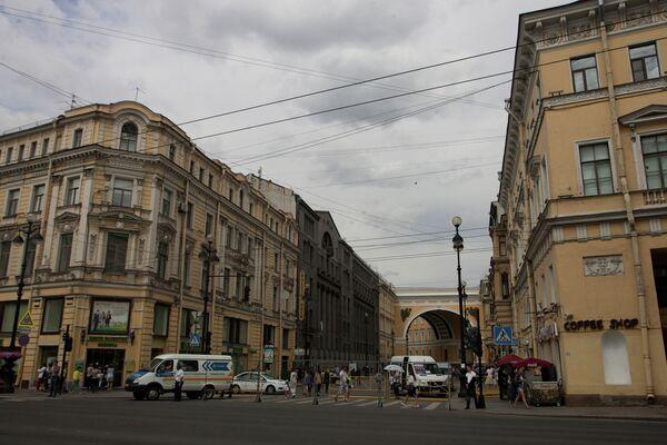 Угол Невского проспекта и Большой Морской улицы. Архивное фото