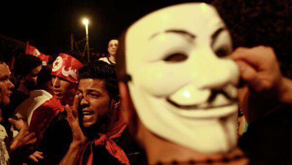 Антиправительственная демонстрация в Тунисе