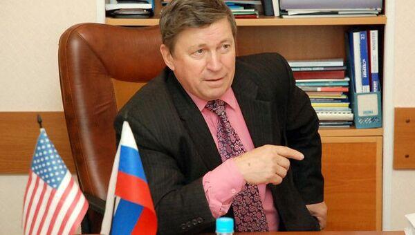 Директор Института международного бизнеса и экономики ВГУЭС, профессор Александр Латкин, архивное фото