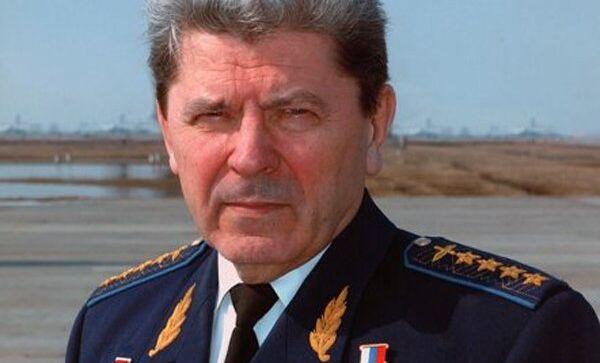 Петр Дейнекин. Архивное фото