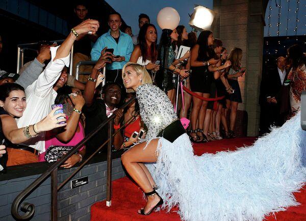 Певица Рита Ора на премии MTV Video Music Awards