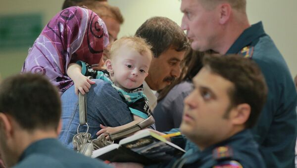 Прилет борта МЧС с россиянами и гражданами СНГ