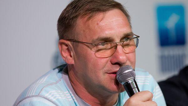 Генеральный директор хоккейного клуба Адмирал Александр Филиппенко, архивное фото
