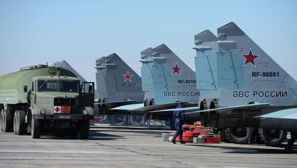 Многоцелевые истребители МиГ-29 на военном аэродроме Приволжский в Астраханской области. Архивное фото