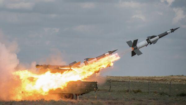 Зенитный ракетный комплекс Печора-2М вооруженных сил Таджикистана на совместных учениях стран СНГ
