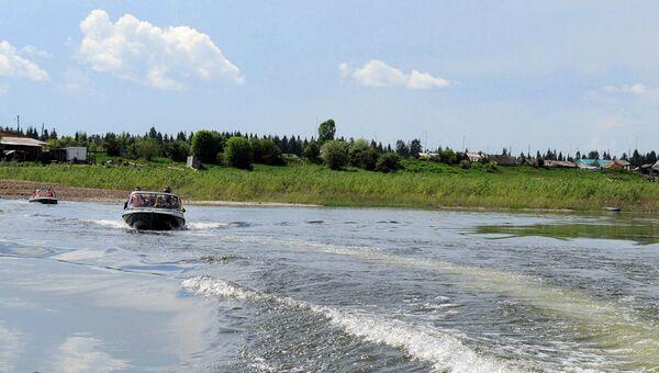 Берег реки Ангара в Мотыгинском районе Красноярского края, архивное фото