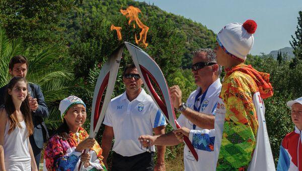 Участие якутских детей в эстафете Олимпийского огня