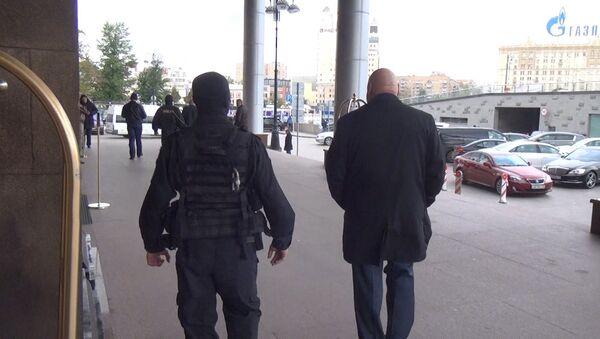 Задержание торговцев должностями. Фото с места событий