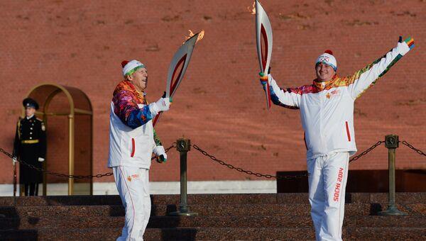 Старт эстафеты Олимпийского огня. Архивное фото