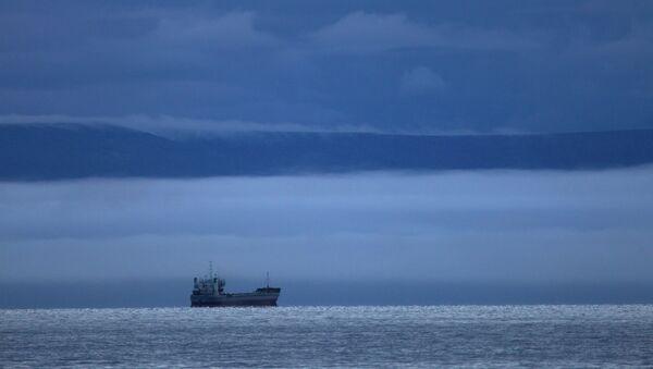 Судно в море, архивное фото