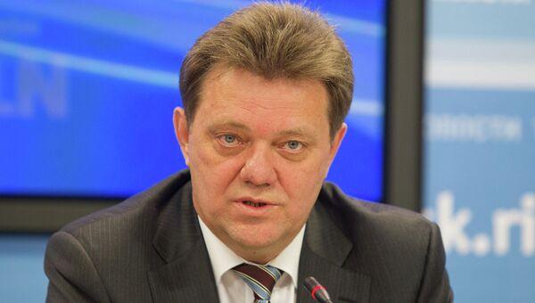 Иван Кляйн на пресс-конференции по поводу выборов мэра города Томска