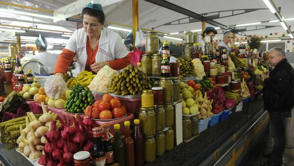 Дорогомиловский рынок в Москве. Архивное фото