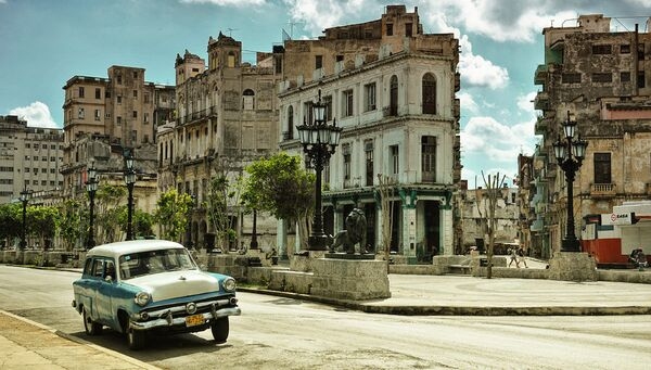 Улица Avenida del Prado