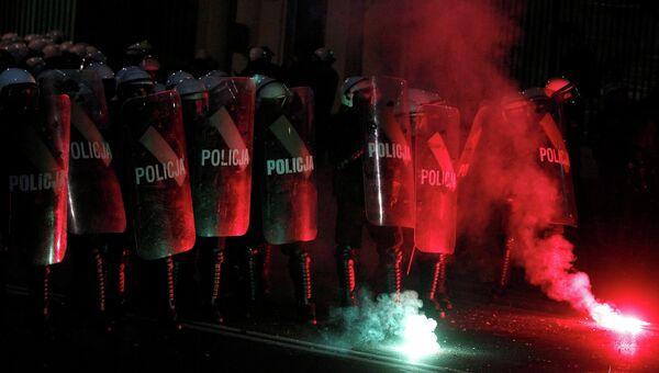 Полиция на Марше независимости в Варшаве, фото с места событий