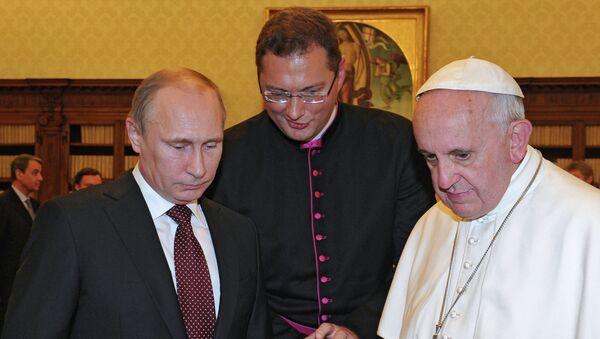 Встреча Владимира Путина с Папой Римским Франциском. Архивное фото