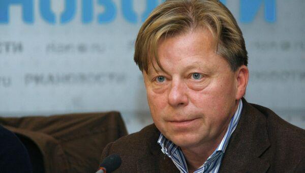Директор Центрального Дома Художника Василий Бычков, архивное фото