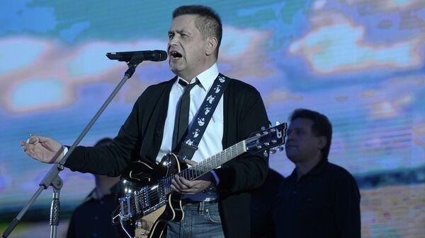 Певец Николай Расторгуев выступает на концерте во время торжественного приема, посвященном старту проекта Золотой фонд советского и российского спорта