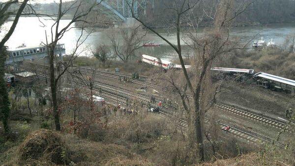 Место крушения поезда в Нью-Йорке, фото с места события